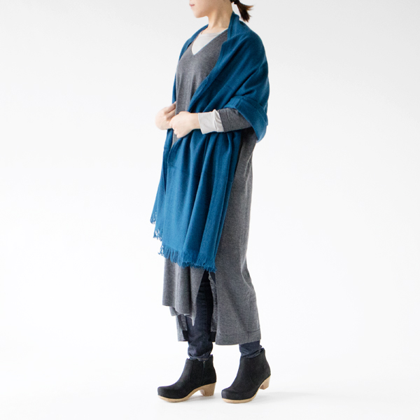PEACOCK BLUE/モデル身長:162cm