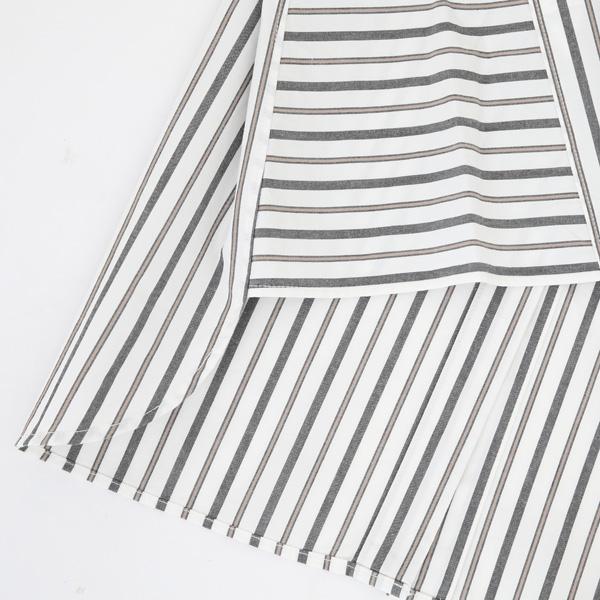 三角の裾ガゼット