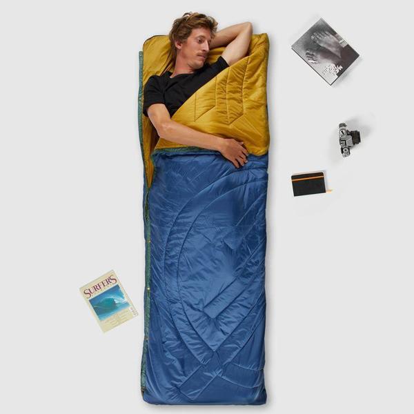 半分に折りたたんで1人用寝袋(シュラフ)に ※画像はお取り扱いのないカラー