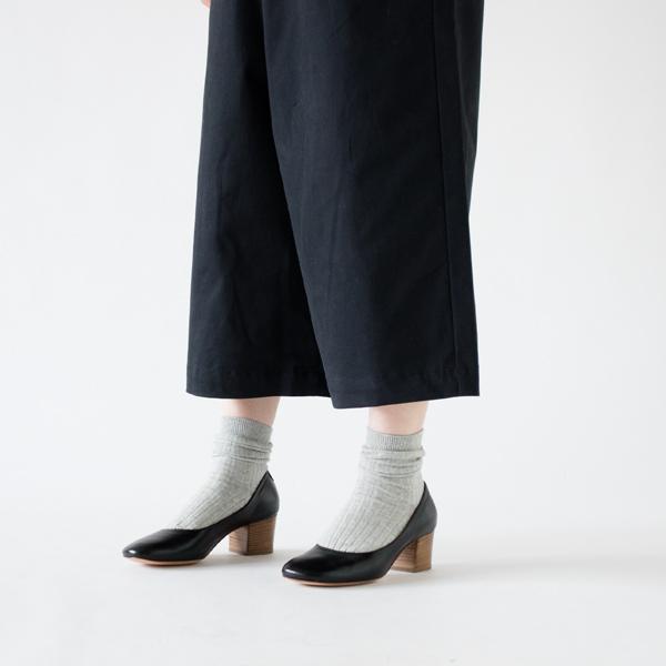 靴下も合わせやすい丈