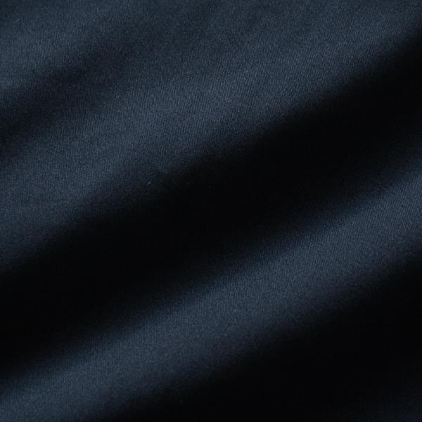 ピーチ起毛加工を施したコットンサテンストレッチ(DARK NAVY)