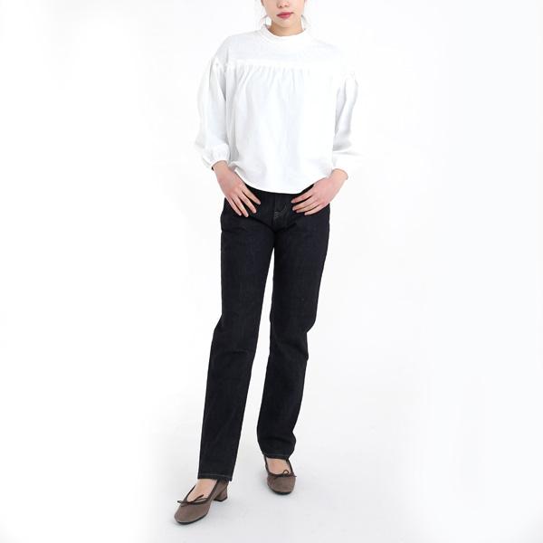 WHITE(モデル身長 171cm)