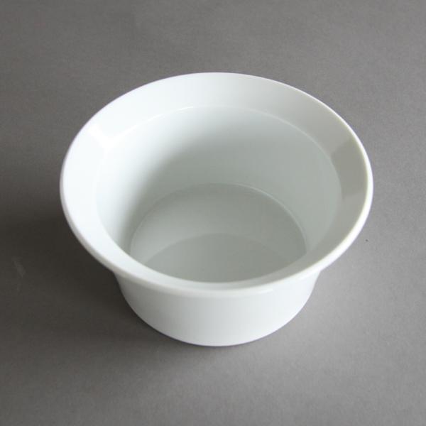 深さがありマルチに使える真っ白なボウル(サイズ 120)