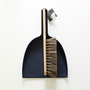 Short brush and dustpan set