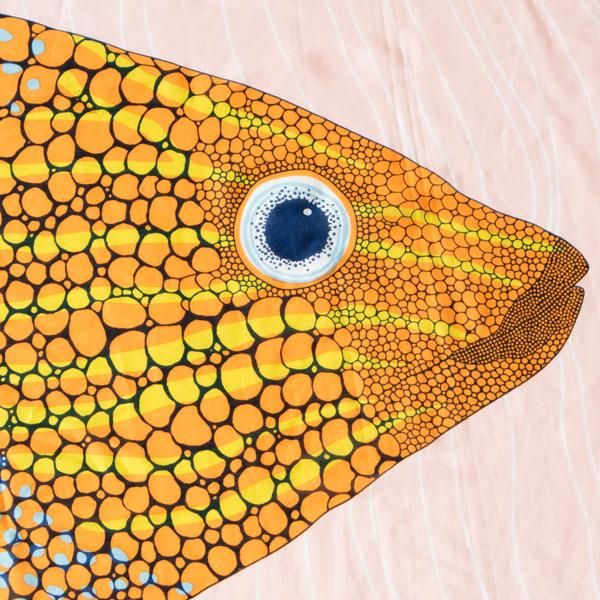 鮮やかな魚のデザイン