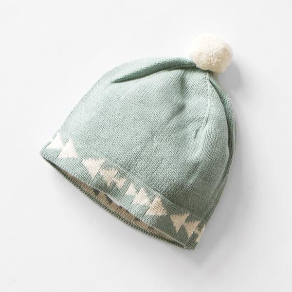 ポンポン付きの帽子もセットになっています。(SHEEP DREAMS)