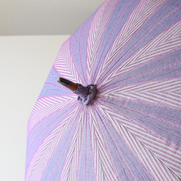 紫、赤紫、ブルーの色合いが素敵です