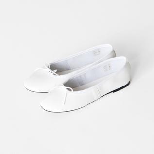 バレエシューズ  Ballet Shoe white