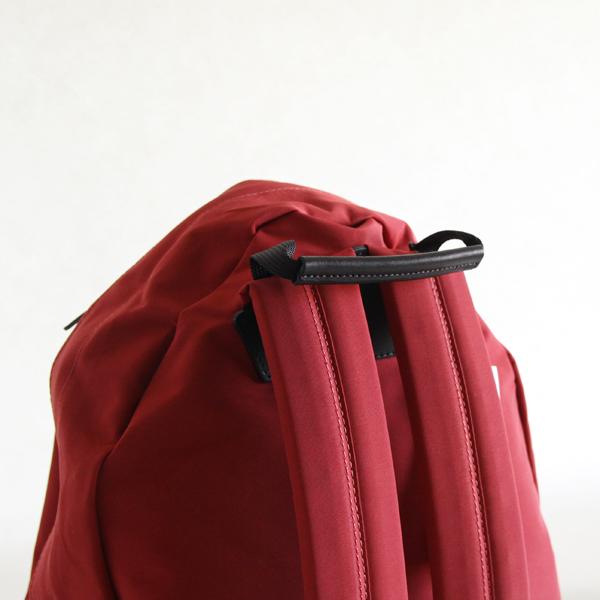 ショルダーパッドには、厚さ10mmのウレタンパッドを入れた肩に優しい作りです