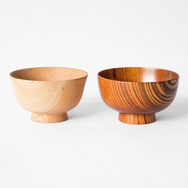 オンリー椀 ハゾリ(左:仕上げ前、右:拭き漆 生漆オンリー椀 キホン ※画像左側の型を使用し、右側の仕上げをおこないます)