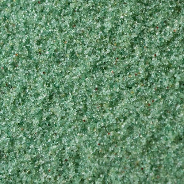 まるで朝露に濡れる草木のようなグリーンジャスパー(緑瑪瑙)