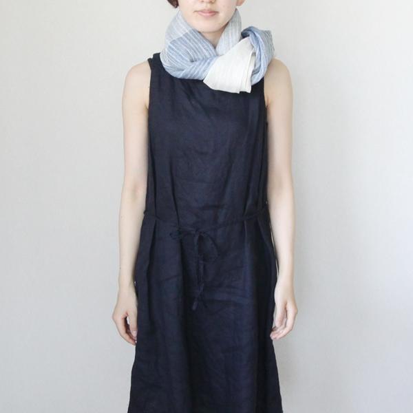 着用イメージ(首元にさらりと纏って、ファッションの仕上げに)