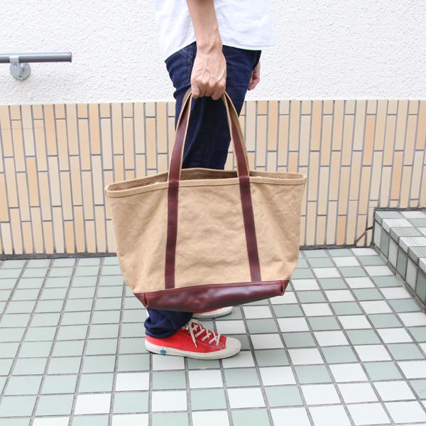 使用イメージ(普段使いはもちろん、小旅行にも使いやすいバッグです)