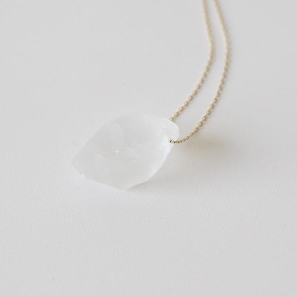 天然水晶の柔らかな表情
