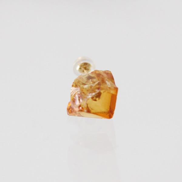 甘い蜂蜜のようなシトリンの原石