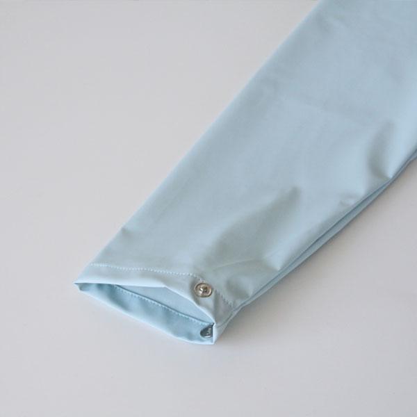 袖口の広さは調整可能