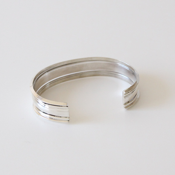 STERLING SILVER BANGLE WIDE SBW4