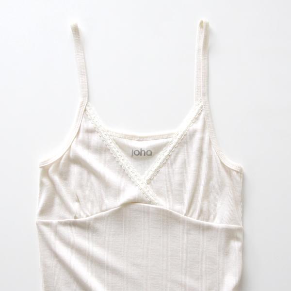 胸元(ホワイト)
