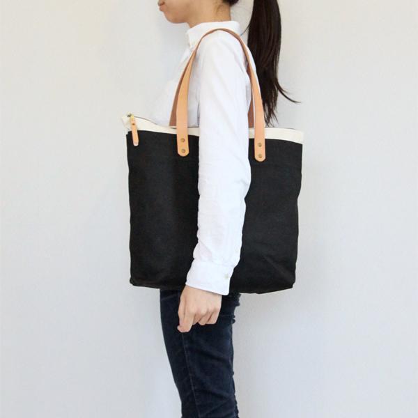 お仕事バッグに便利なサイズ感