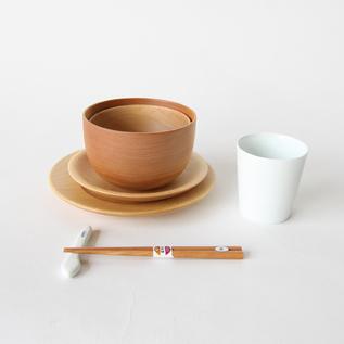 子どものための食器