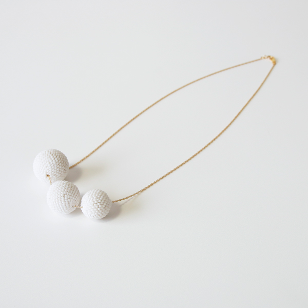 Beaded Beads ネックレス(マットホワイト)