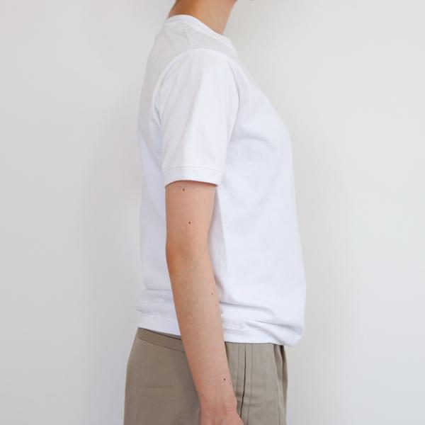 側面(モデル身長:157cm、Sサイズ着用)