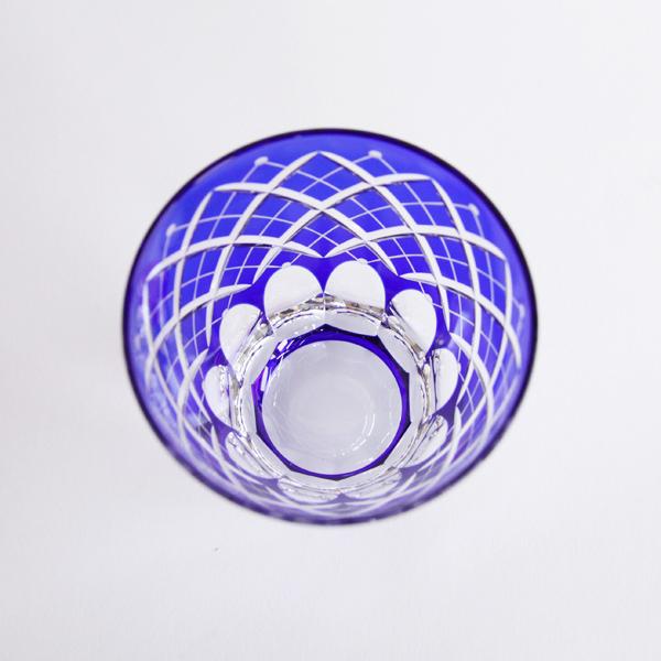 江戸切子本来の伝統技術が活きた、繊細なデザイン