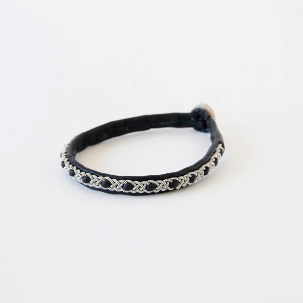 Bracelets B04 (BLACK)