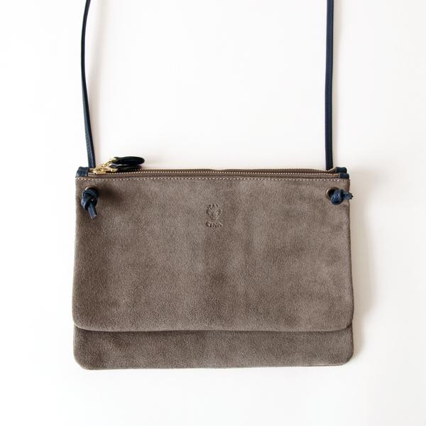 スエード親子ポシェットバッグ BEIGE×SMOKETGREY(お使いのモニターによって、掲載写真と実際の色味が異なる場合がございます。)