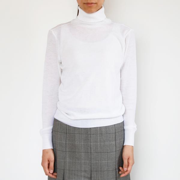 着用イメージ(モデル身長:165cm、着用サイズ:S、カラー:Blanc)