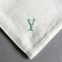 イニシアル刺繍ハンカチ ライトクリーム