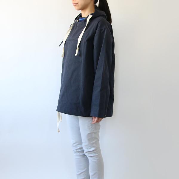 女性着用イメージ(身長:165cm 着用サイズ:44)