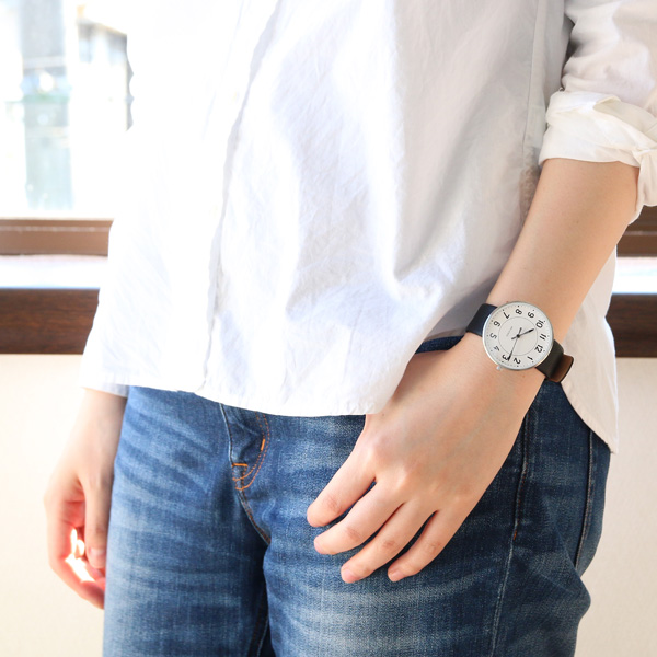 女性着用イメージ(40mm)