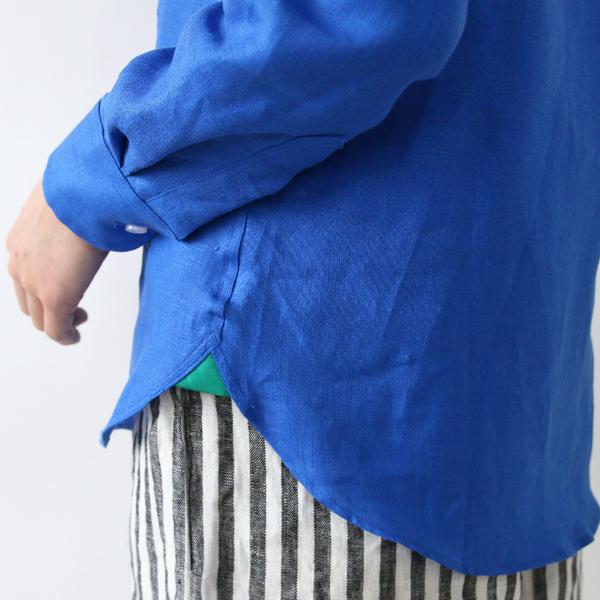 裾の補強部分(ガゼット)にはアイリッシュグリーン色の生地