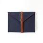 Clutch bag laptop case