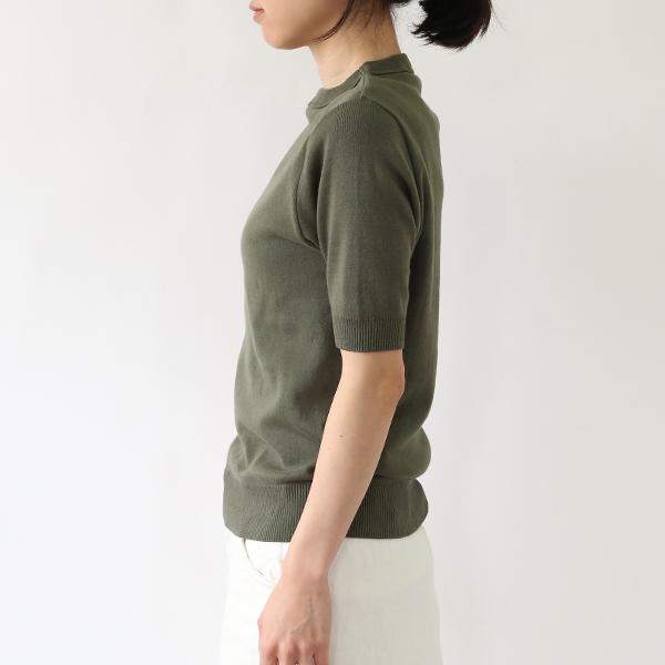 女性着用イメージ(身長:158cm、着用サイズ:XS、Khaki)