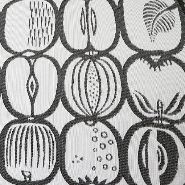 遊び心を感じる果物の柄(ホワイト×ブラック)