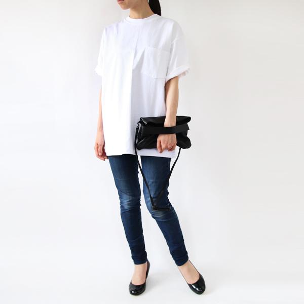 女性モデル身長:165cm(WHITE L)