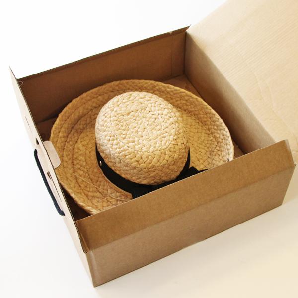 女性への贈り物にも素敵な帽子です