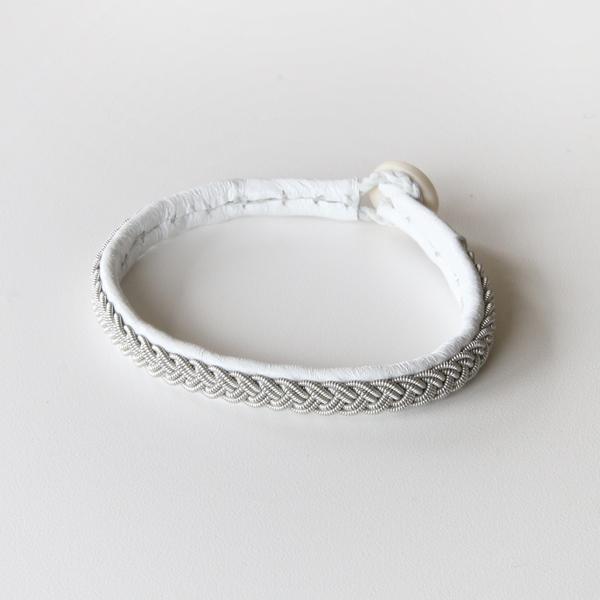ブレスレット B01(WHITE)