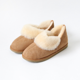 Sheepskin Mouton ankle boots nuts