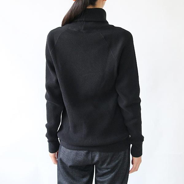 モデル身長:166cm(BLACK)
