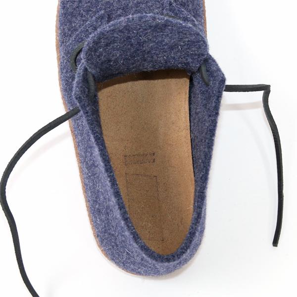 足裏のカーブにフィットして疲れにくい、立体的なインソール