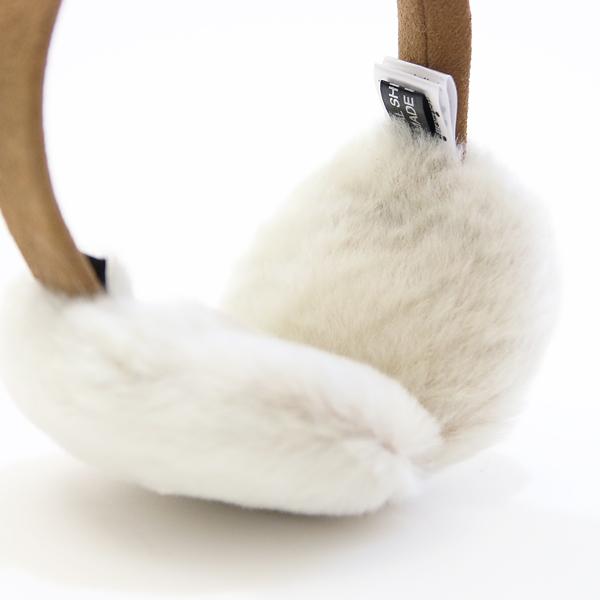 耳に当てる内側も、ふわふわファー素材で暖か