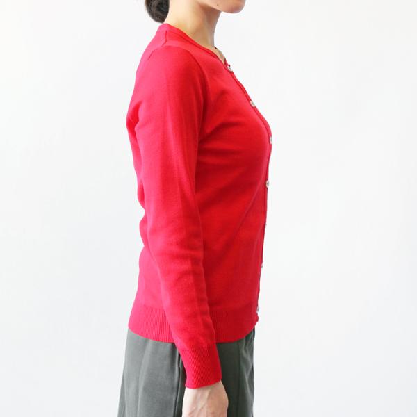 モデル身長:157cm(RED)