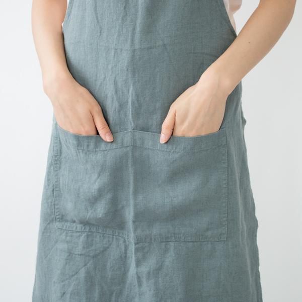 2つに分かれたポケット(BLUE FOG)