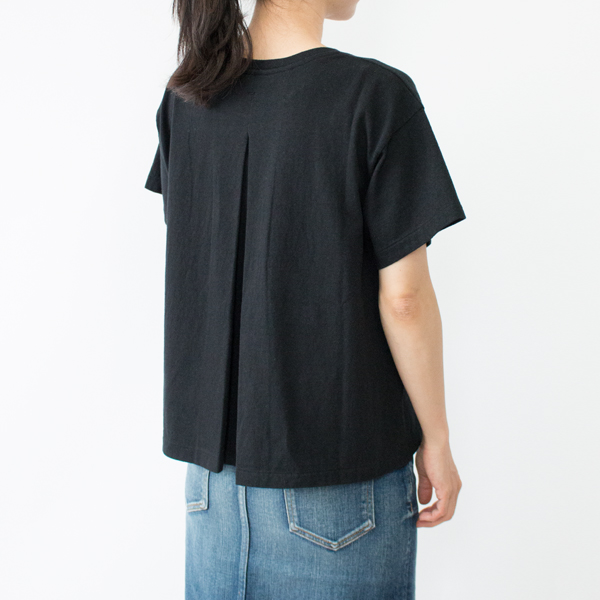 BLACK(モデル身長:158cm)