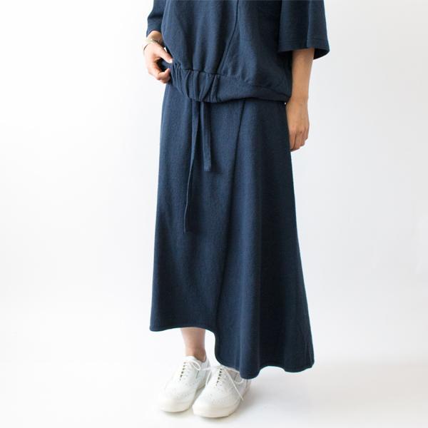 モデル身長:158cm(NAVY BLUE)