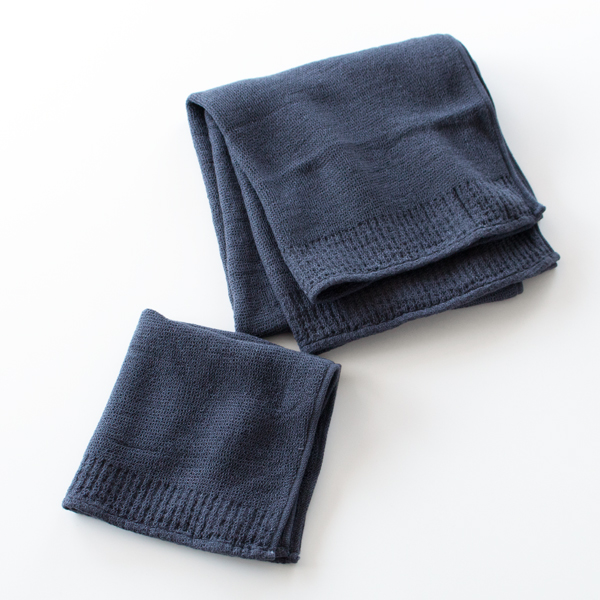 コンパクトなミニバスタオルとゲストタオルは、普段使いにも便利な大きさ