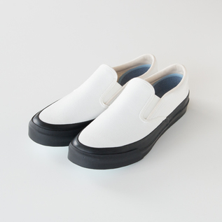 SLIP-ON SHOES L010 MONOCHROME